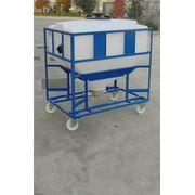 Cuve Reservoir Plastique Carrée ou Rectangulaire à Fond Conique pour Poudres et Granulés - PE PEHD HDPE