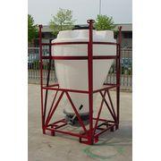 Cuve Reservoir Plastique Cylindrique à Cone Excentré pour Poudres et Granulés Légers - PE PEHD HDPE